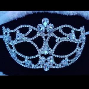 Stunning Rhinestone Mask - Hello Bling!